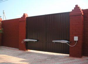 Автоматические распашные ворота в Волгограде.
