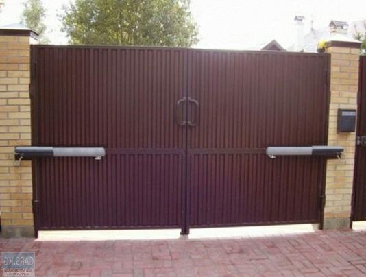 Распашные ворота с электроприводом в Волгограде.