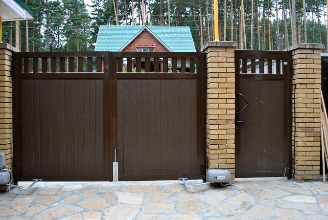 Распашные ворота с калиткой Волгоград.